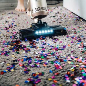 一人暮らし初心者向け!掃除機の選び方や綺麗にする方法を紹介
