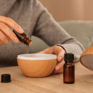 アロマディフューザーで癒し空間に!おすすめの香り選びも紹介