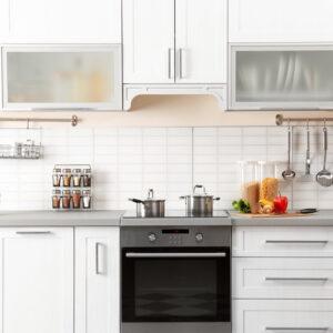 キッチンのお洒落なコーディネートのコツ!生活感を抑える収納グッズの選び方も