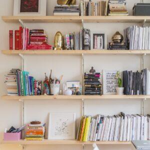 おしゃれなDIY棚のアイディアを紹介!思いどおりの色に仕上げる塗装のコツも