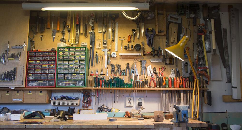 作業台と工具類