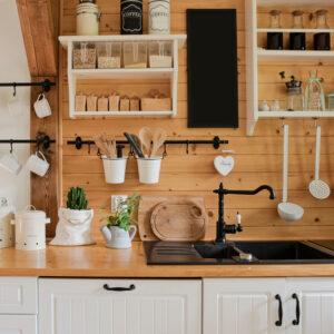 調理器具のスッキリ収納術を紹介!簡単に実践できるアイディアや便利グッズも