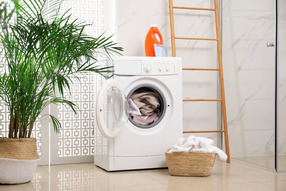 洗濯機が設置されている様子