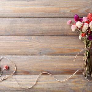 植物でつくられた麗しい装飾・スワッグ。インテリアをおしゃれに彩る飾り方を紹介
