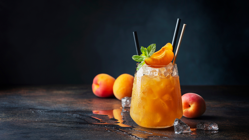 桃のドリンク