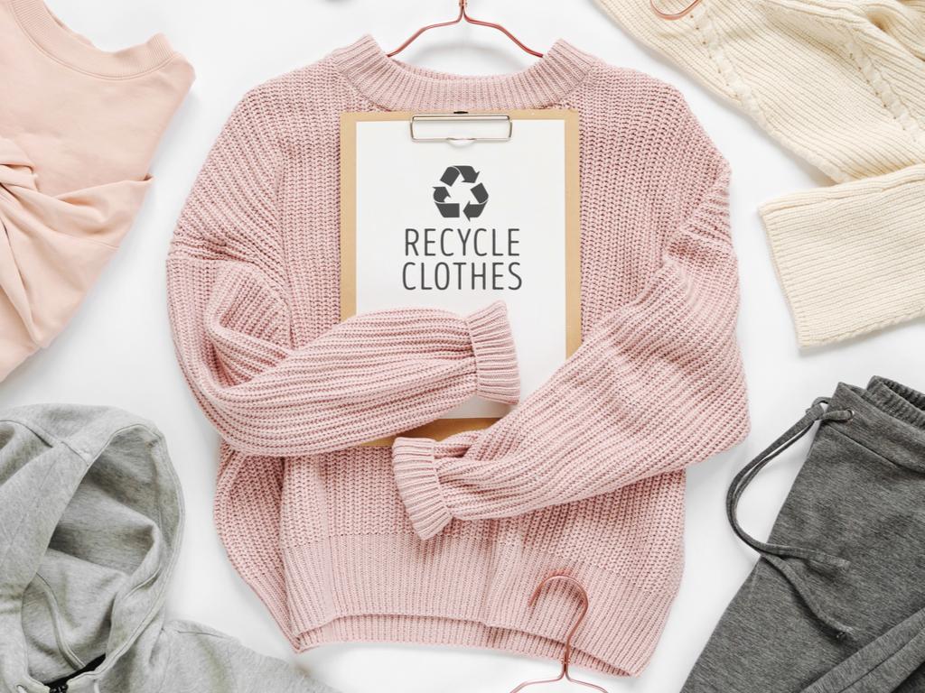 ピンクニットのリサイクル品