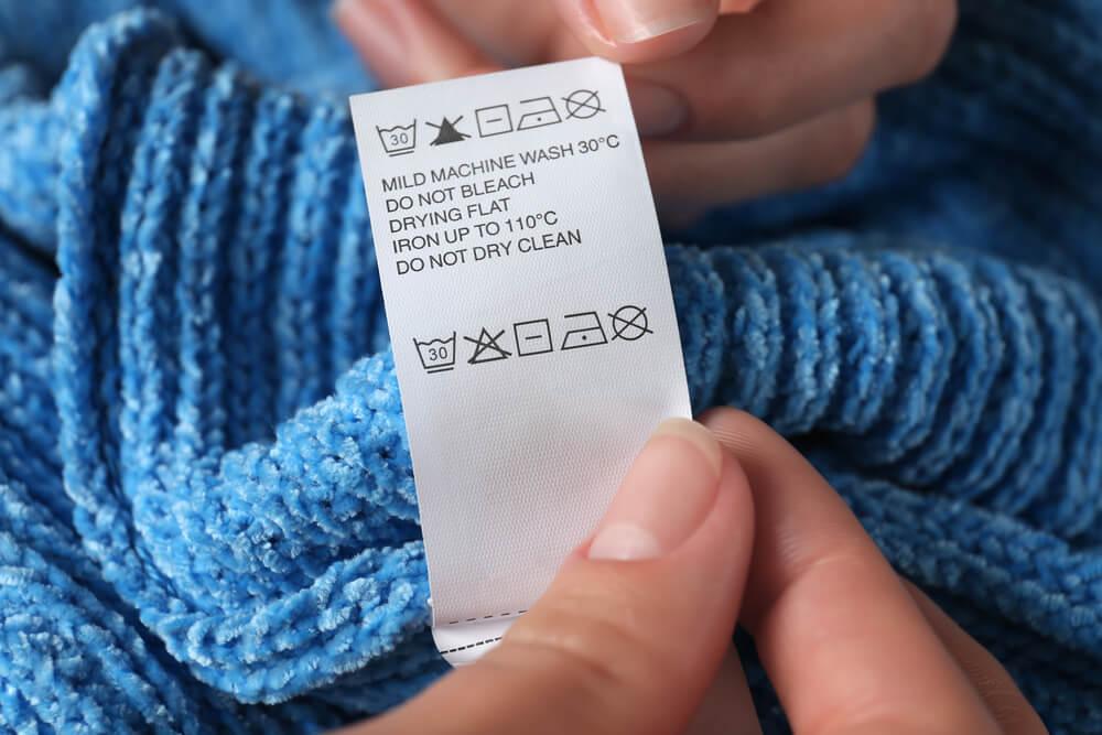 ニットセーターの洗濯表示