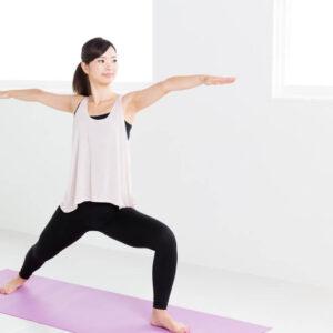 ダイソーのヨガマットが実用的!おうち時間に運動をとりいれて心も体も健やかに