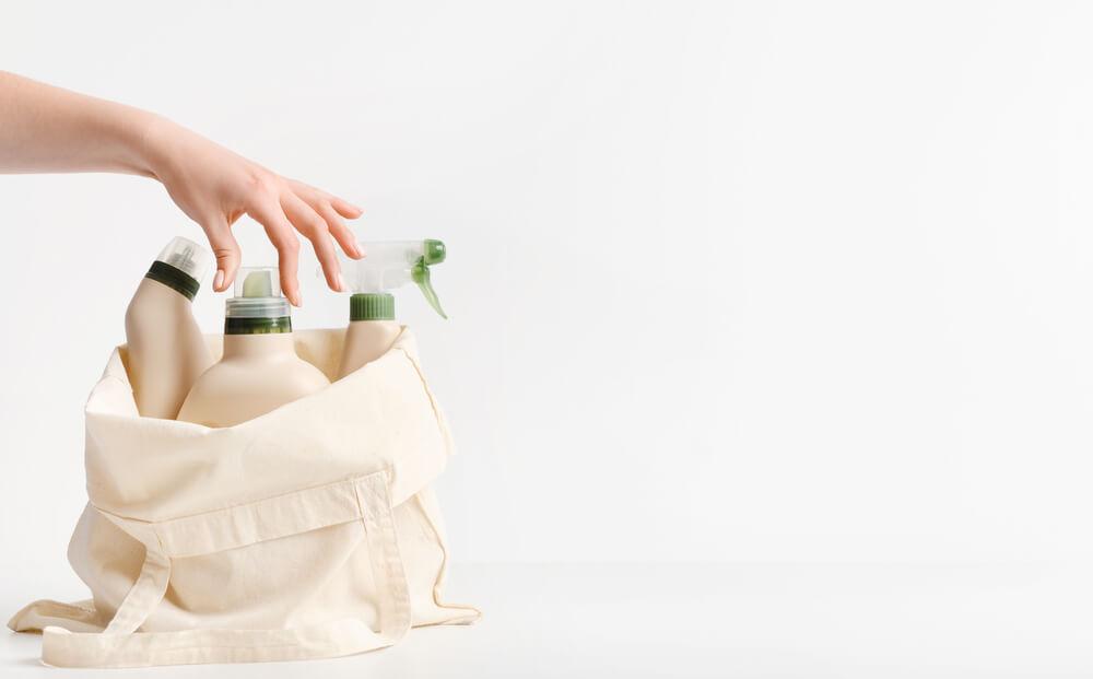 エコバッグと洗剤